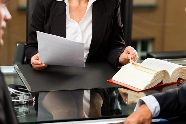 Chất lượng dịch vụ tư vấn luật như thế nào được đảm bảo?