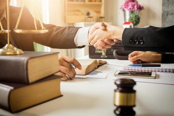 Dịch vụ luật sư tư vấn thường xuyên chi phí hợp lý, hiệu quả cao